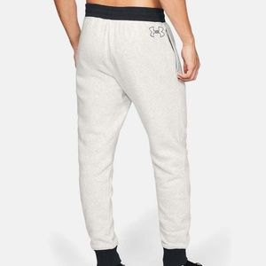 UNDER ARMOUR® Men's Fleece Tapered Sweatpants-XL